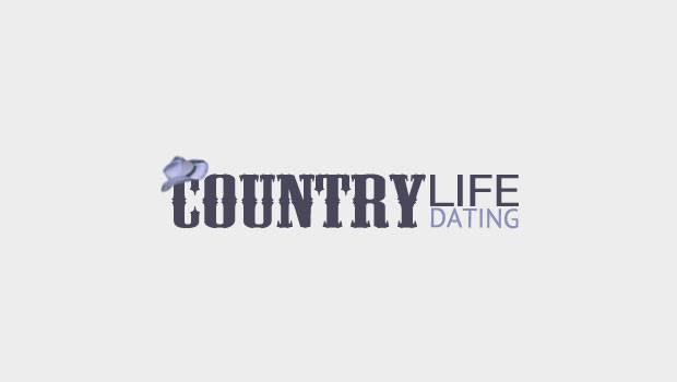 Country Life Dating logo