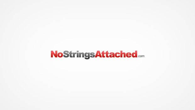 NoStringsAttached.com logo