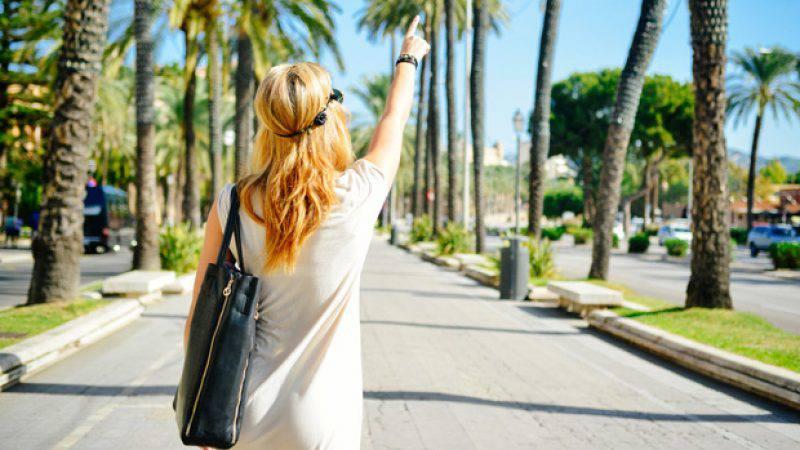 Waarom worden we sneller verliefd op vakantie?
