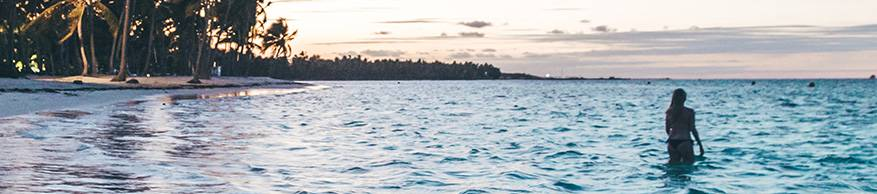 dominicaanse vrouw zee