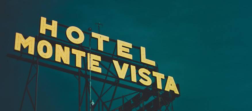 hotel bord