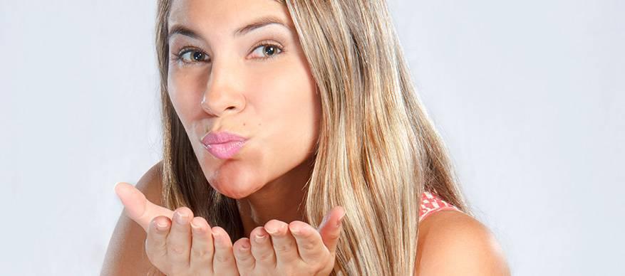 lichaamstaal hand kus